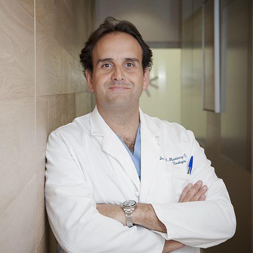 Dr_Martínez-Salamanca
